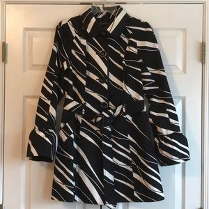 INC black/white belted trench coat